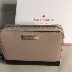 Authentic Kate Spade DarciLaurel Zip Around Wallet